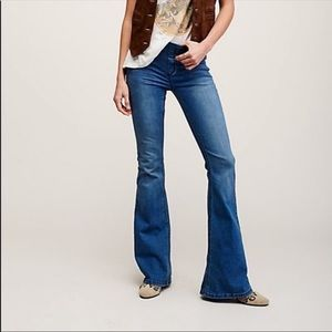 Free People Pull On Kick Flare Jeans Size 28
